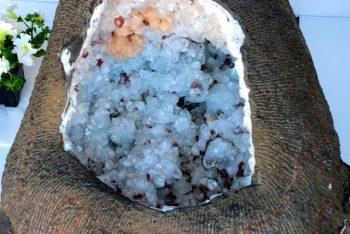 Apophyllite, Stilbite, Heulandite, Big Geode, Zeolite