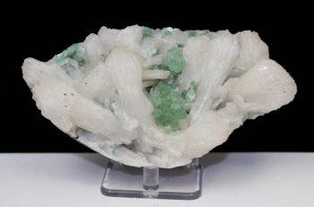 Green Apophyllite, Stilbite, Chalcedony, Apophyllite, Quartz, Matrix, Zeolite, Minerals, Natural Stone, Rock, Natural Crystal, Collectible, India, Earth