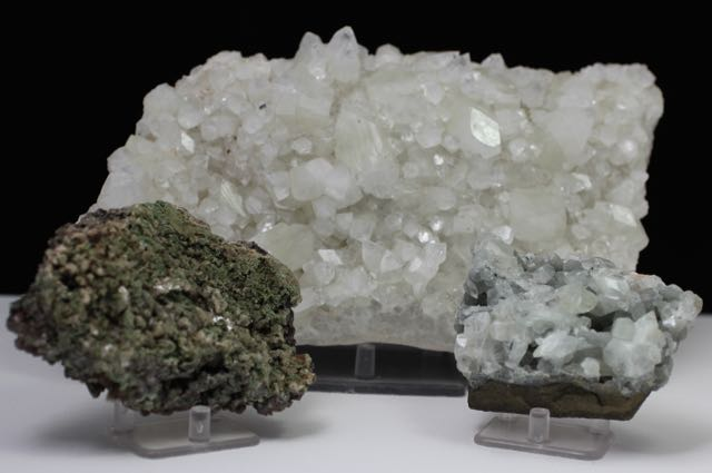 Apophyllite, Heulandite, Green Stilbite, Stilbite, Chalcedony, Quartz, Matrix, Zeolite, Minerals, Natural Stone, Rock, Natural Crystal, Collectible, India, Earth